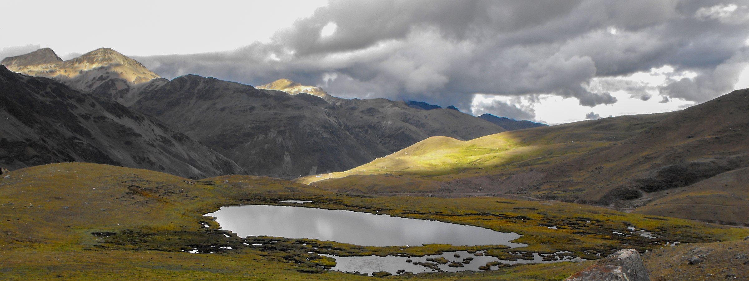 The Lares Trek is an off-the-beaten trail that begins near the town of Lares, 40 miles north of Cusco and 35 miles south east of Machu Picchu (see map below). The trek itself lies in the Lares Valley, east of the Urubamba mountain range, which traverses part of the Sacred Valley.